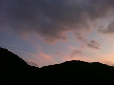 夕焼け雲イメージ