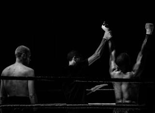ボクシング勝利