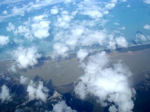 飛行機雲イメージ