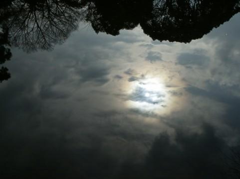 雨上がりイメージ