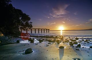 ニュージーランド日の出イメージ