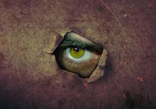 壁の目イメージ