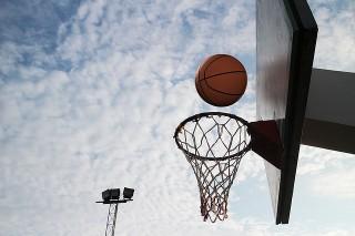 バスケットゴールイメージ